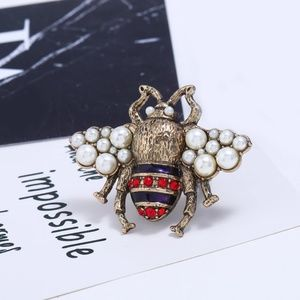 Jewelry - DIVA LUXURY BUMBLEBEE RING NEW